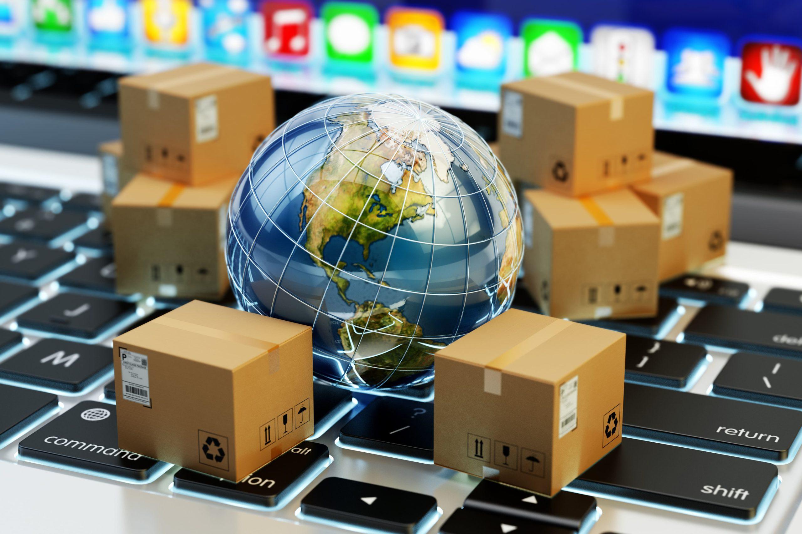 La etiqueta de envío contiene datos relevantes del paquete, así como de la tienda y del destinatario